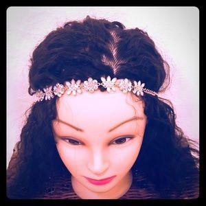 Accessories - Super cute flower headband
